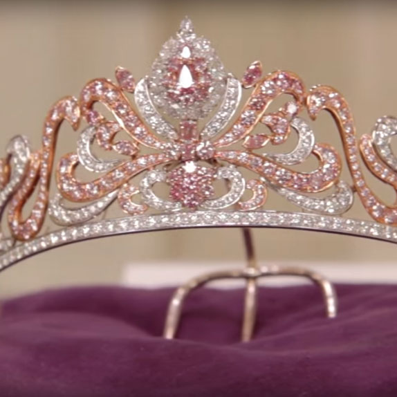 Pink diamonds: the world's greatest collection is in London