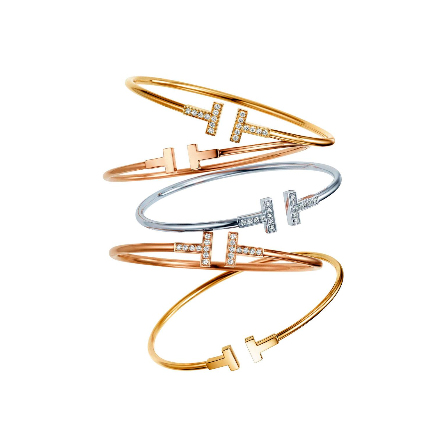 t bracelet in rose gold tiffany co the jewellery editor. Black Bedroom Furniture Sets. Home Design Ideas