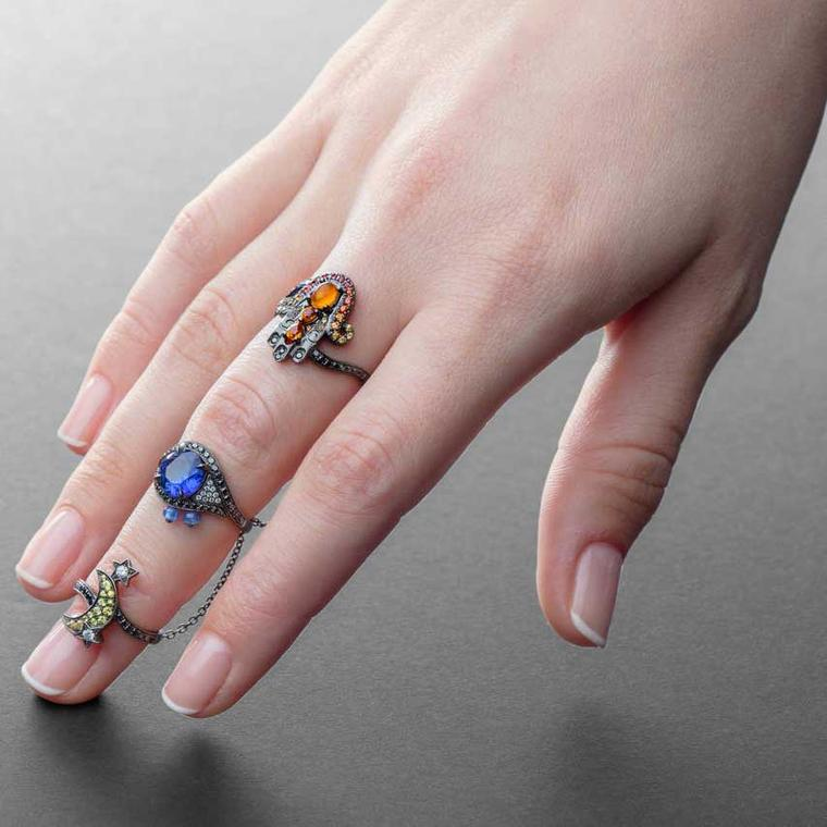 Harem Hand of Fatima sapphire, spessartite garnet and tanzanite ring