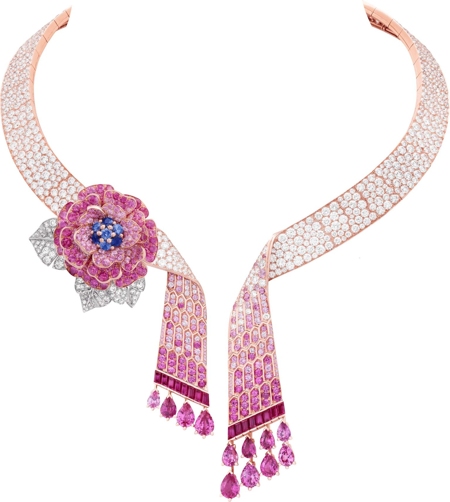 Van Cleef & Arpels Rose Capulet necklace Romeo and Juliet jewels.
