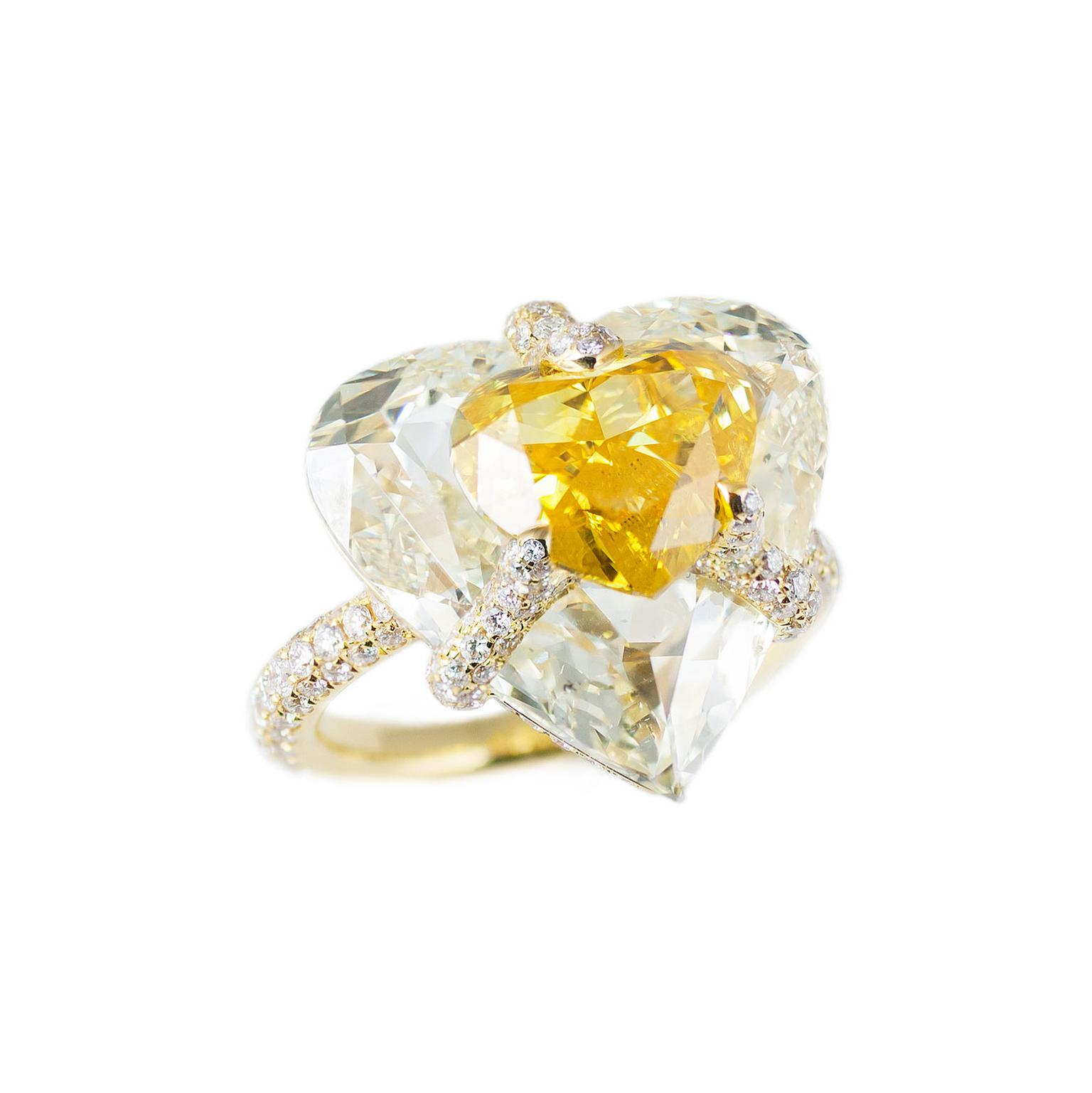 Boghossian Kissing Diamond Fancy vivid orangy yellow diamond and light yellow diamond ring