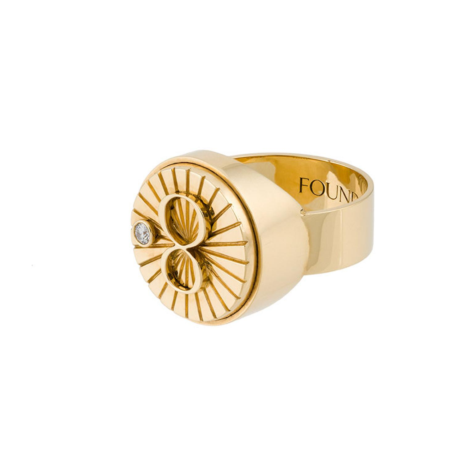 Foundrae Karma signet ring