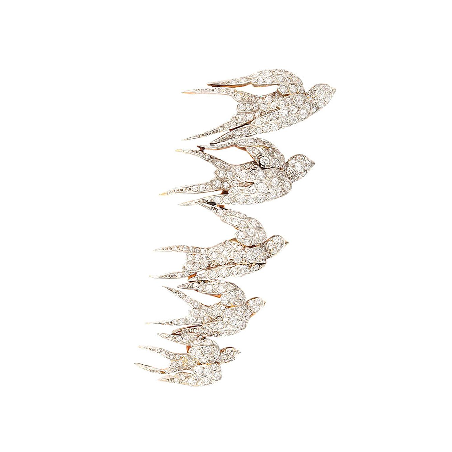 A La Vieille Russie swallow brooch
