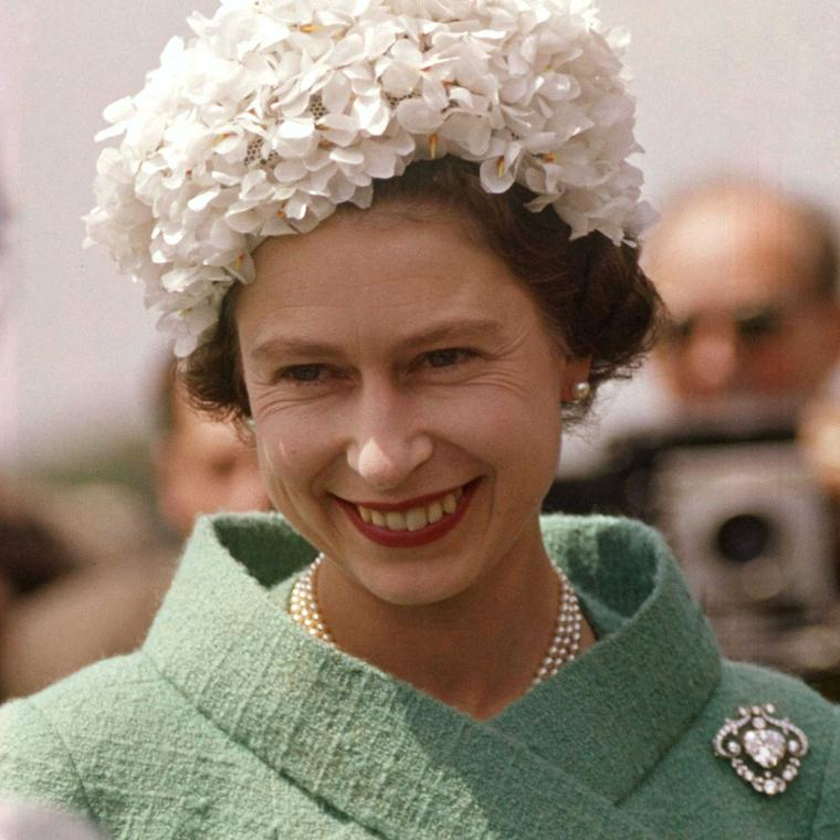 90 years of style: all the Queen's brooches