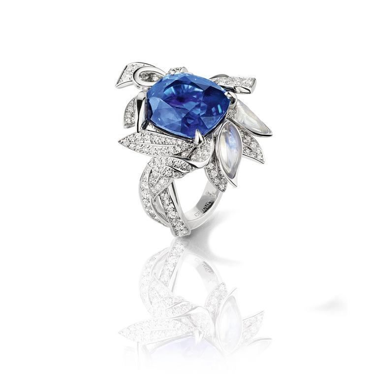La Nature de Chaumet Firmament Apollinien laurel ring in white gold, set with a 10.25ct sapphire, moonstones and diamonds