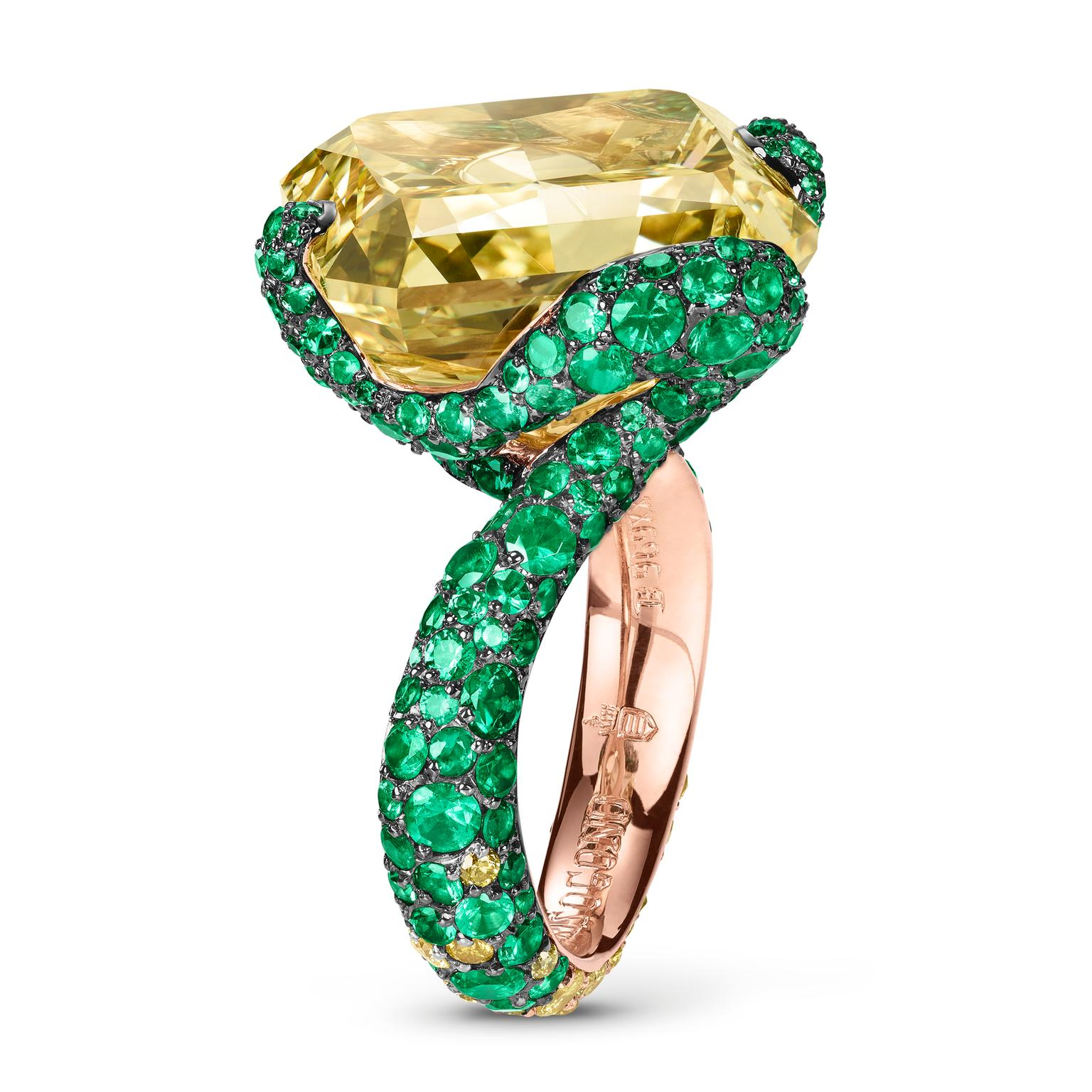 de GRISOGONO Love on the Rocks yellow diamond ring