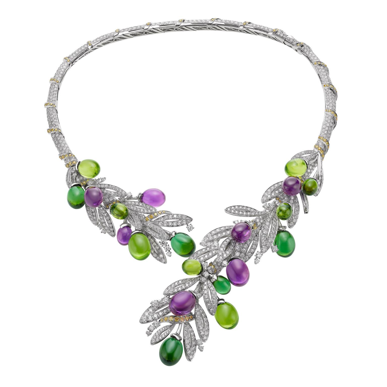 Bulgari Olive Festa necklace