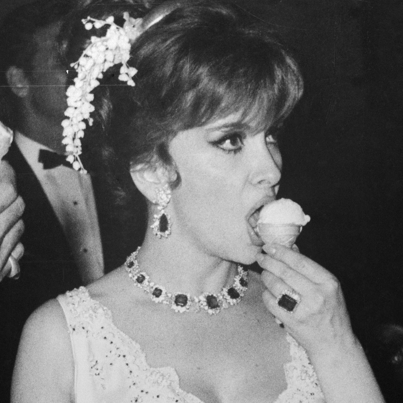 Gina Lollobrigida Nude Photos 62