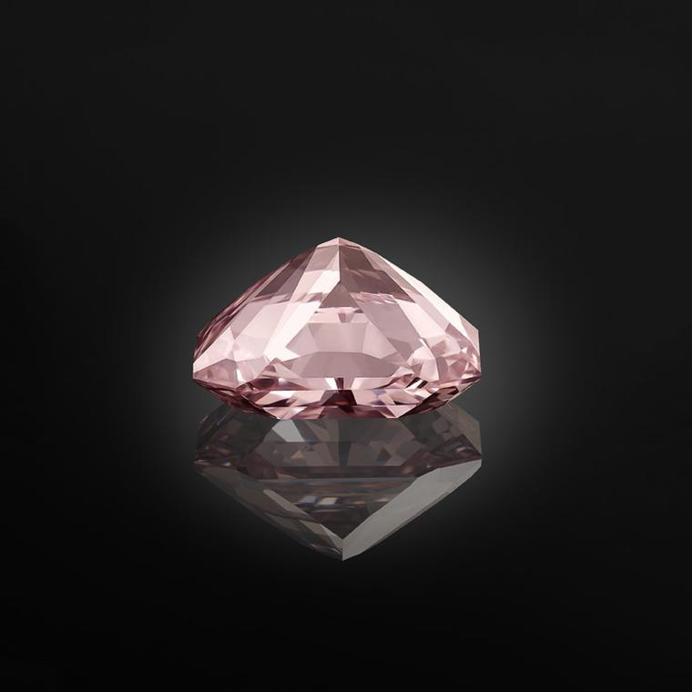 Al Thani Exhibition Pink Agra diamond
