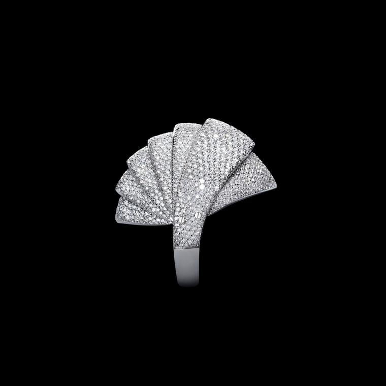 Landmark jewels Mattia Cielo white gold and diamond ring
