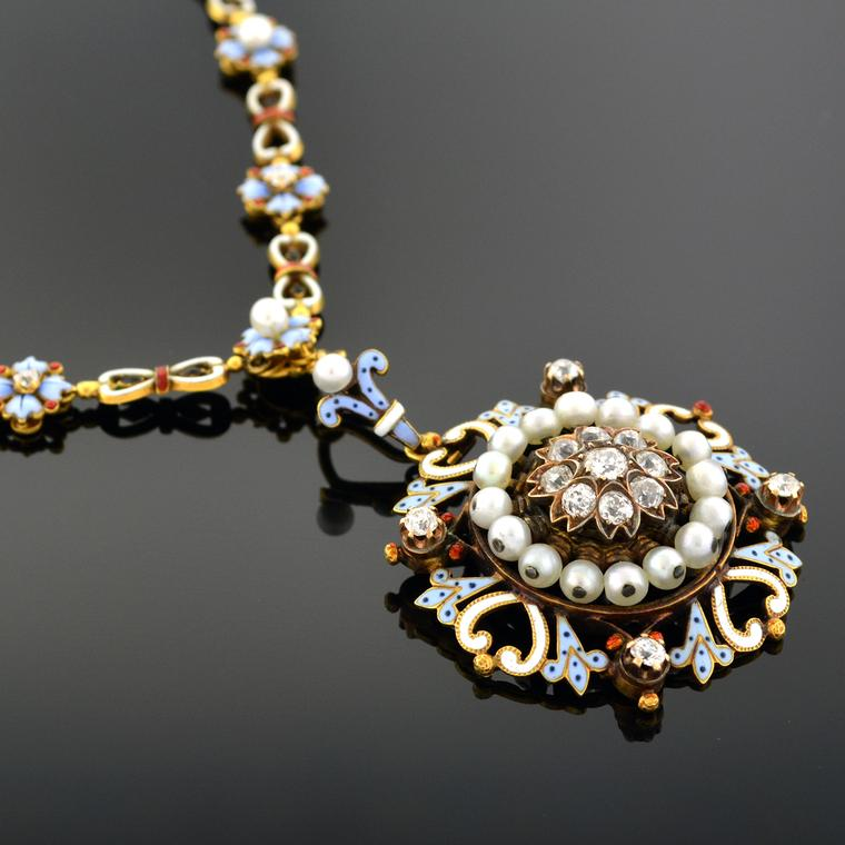 Joden Jewelers Renaissance revival signed Carlo Giuliano pendant