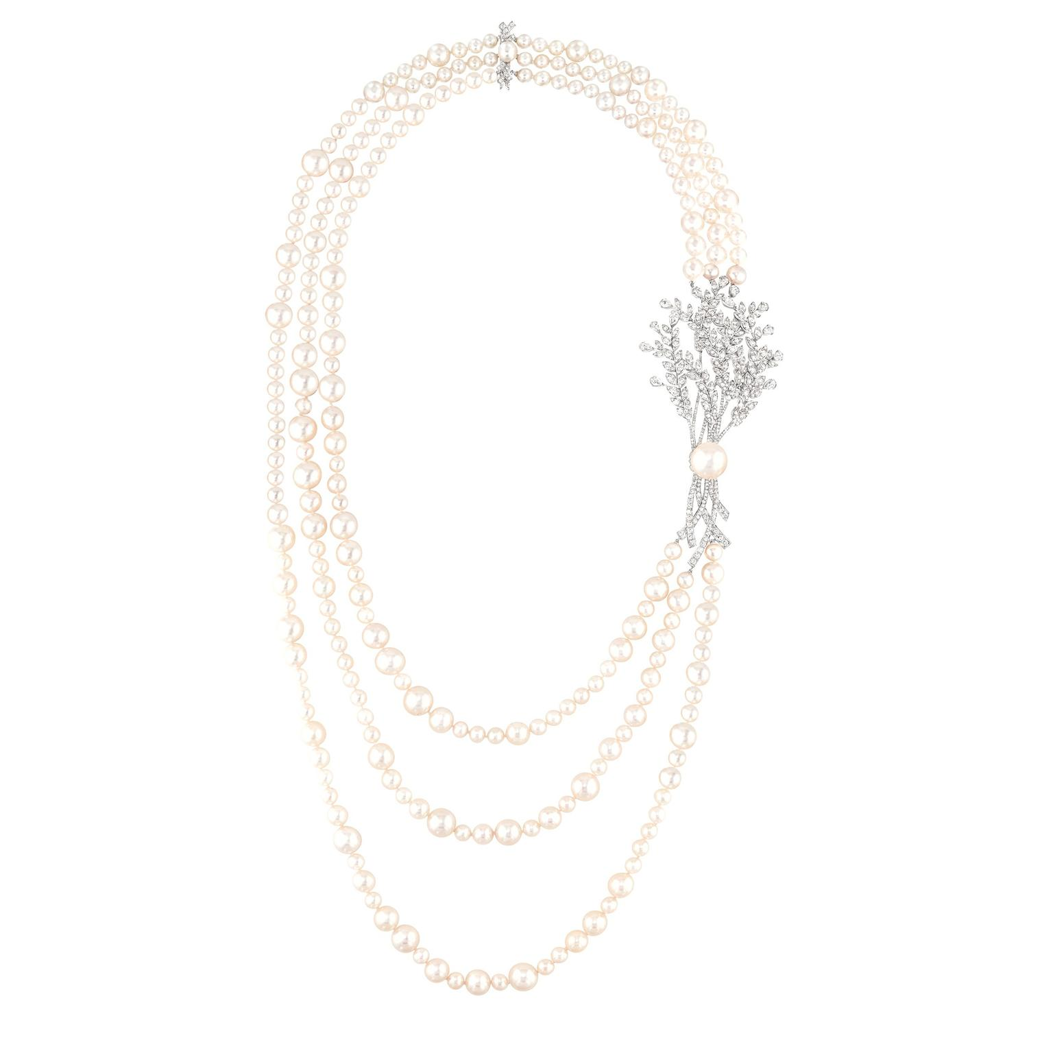 Chanel Moisson de Perles pearl necklace