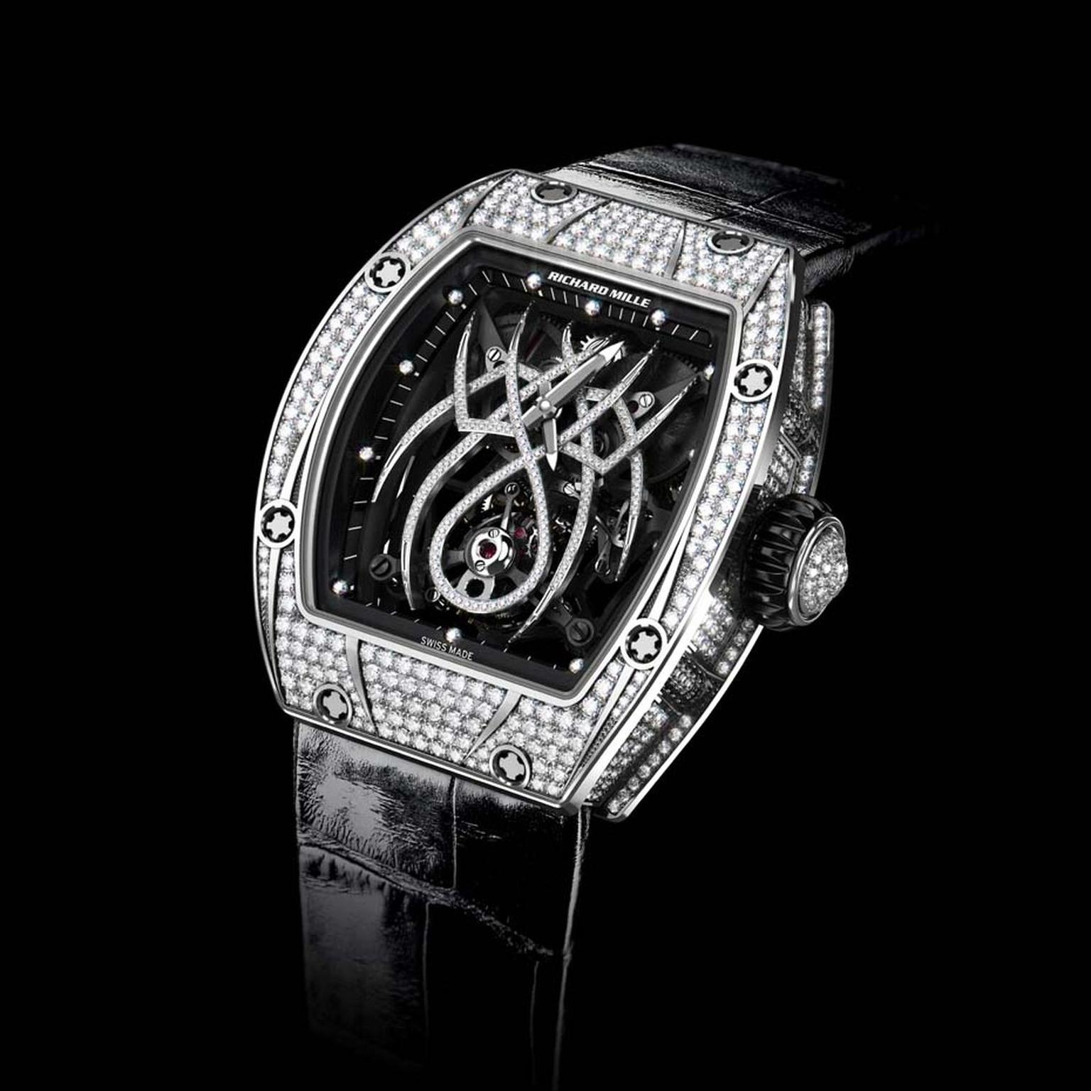 Designed in collaboration with Natalie Portman, the tourbillon movement in the Richard Mille RM19-01 features a diamond-set spider that spreads his tapered legs across the dial while his abdomen holds the tourbillon cage.