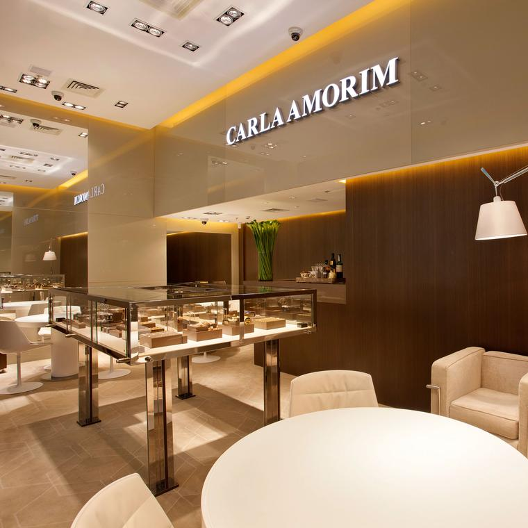 Carla Amorim boutique - interior