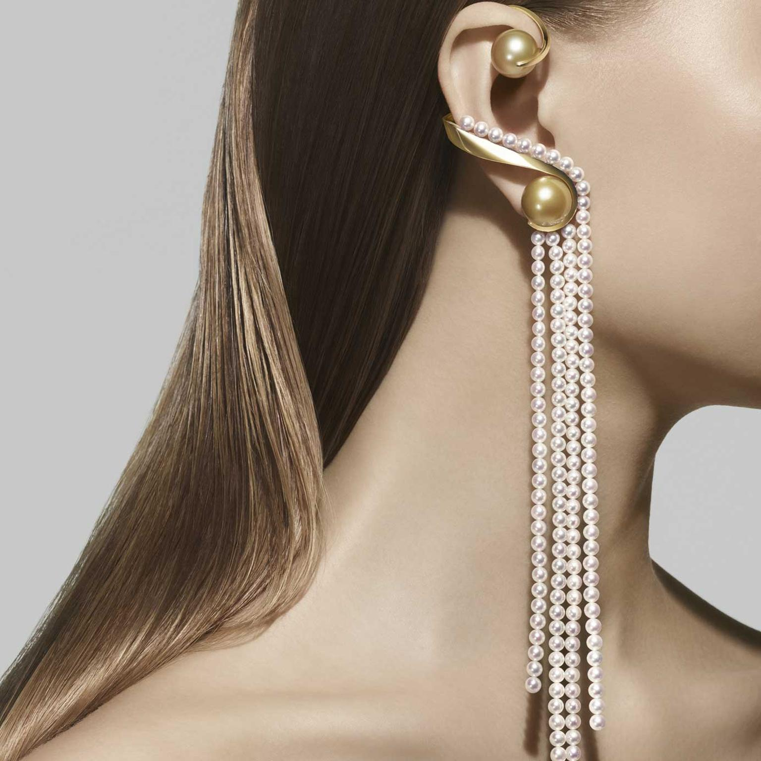 Atelier Waterfall earrings Tasaki 2018 with white Akoya Pearl White and South Sea Pearl Gold