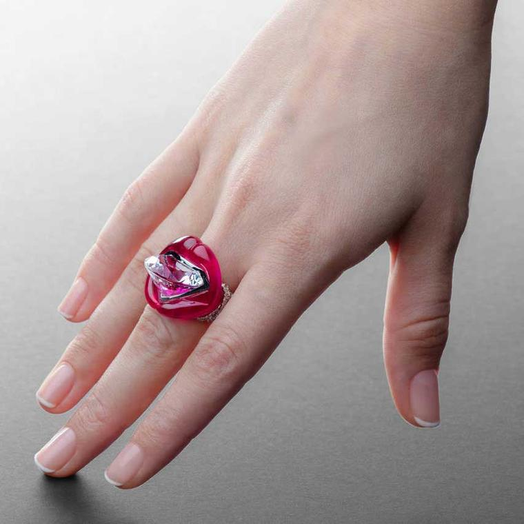 Sans Interdit red corundrum and rock crystal Mouth ring