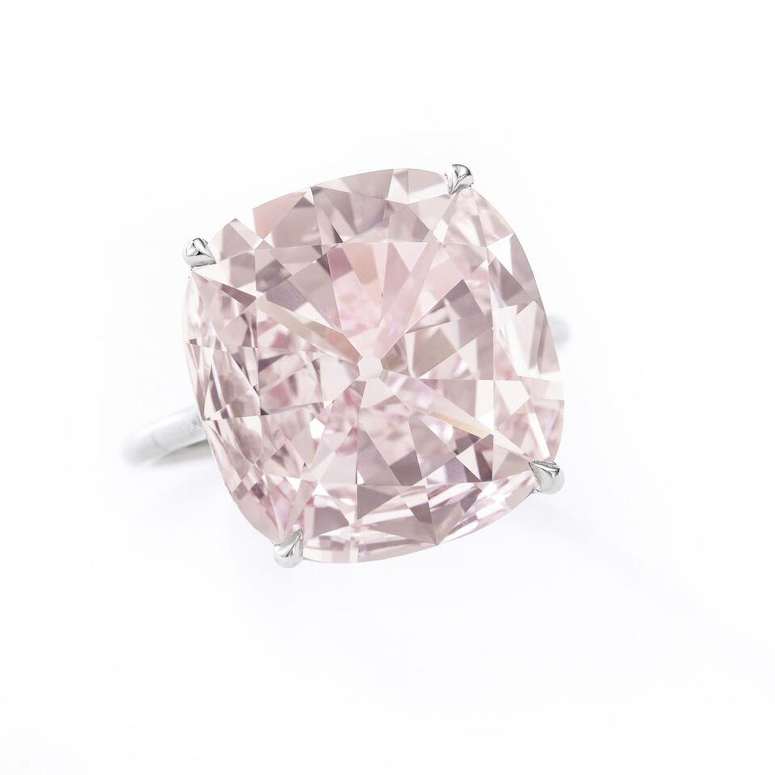 Fancy 8.20ct purplish pink diamond