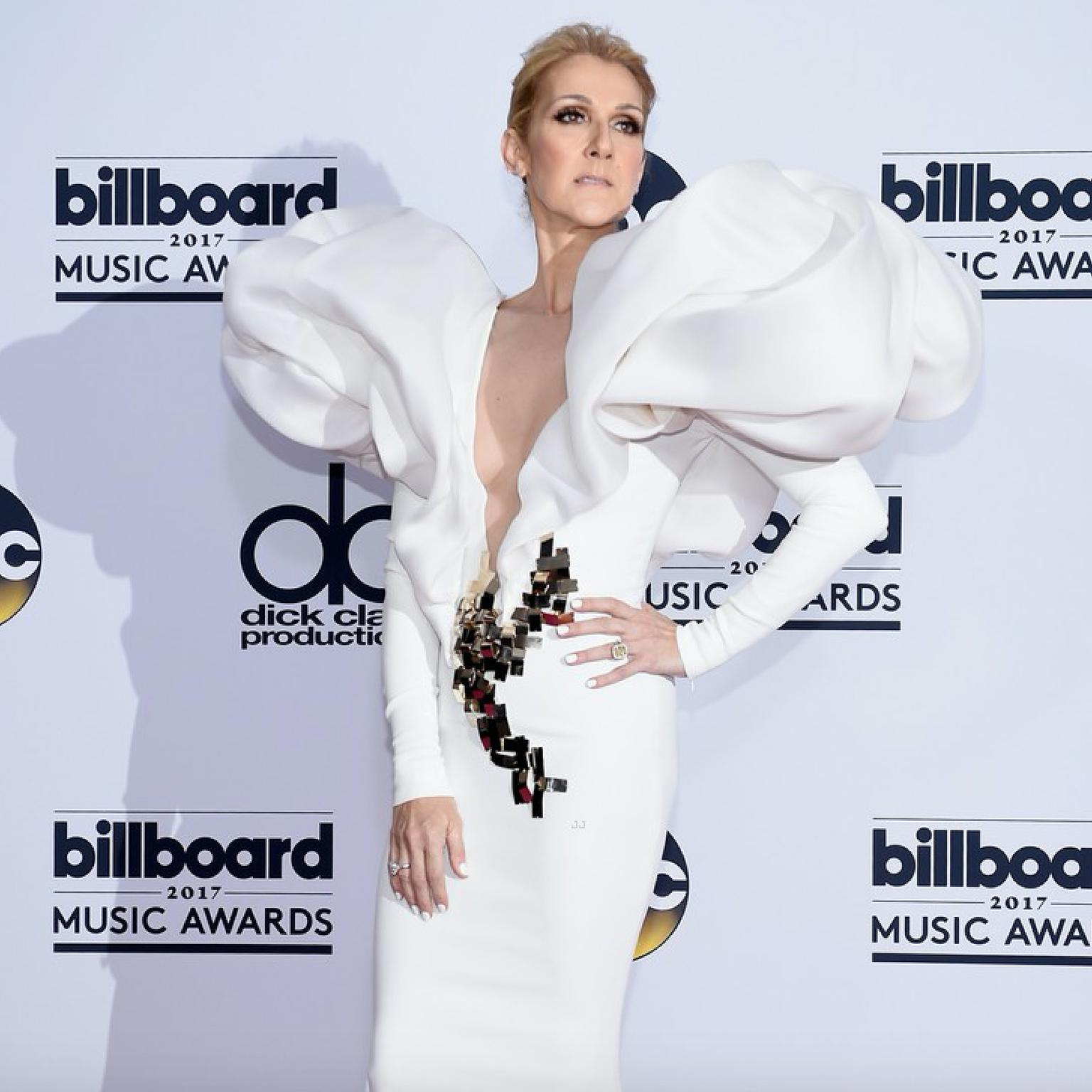 Celine Dion at the Billboard Awards wearing Harry Kotlar diamonds