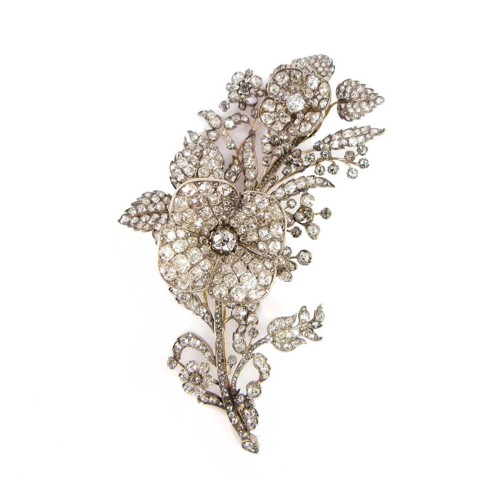 S.J. Phillips en tremblant antique floral spray and diamond brooch