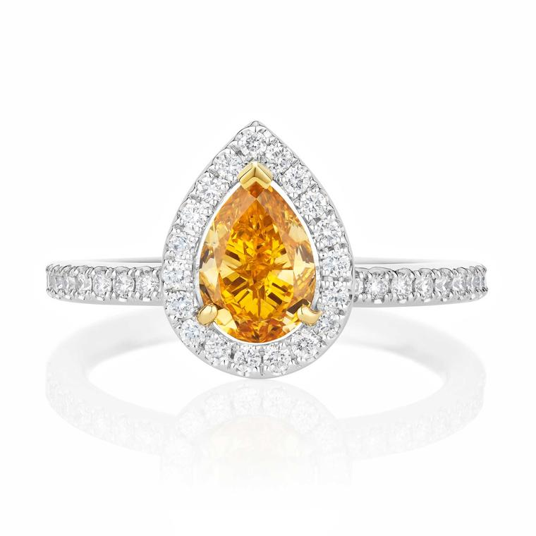 De Beers Master Diamonds micropavé pear-shaped ring
