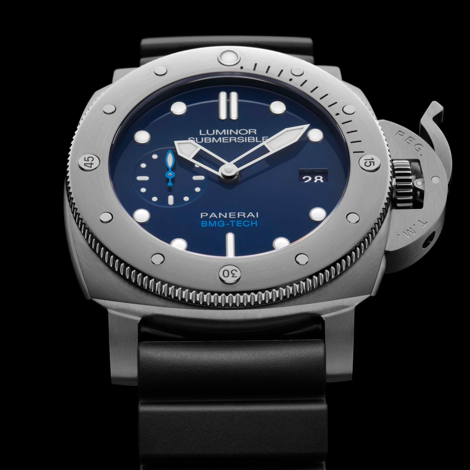 Panerai Luminor Submersible 1950 BMG-TECH watch