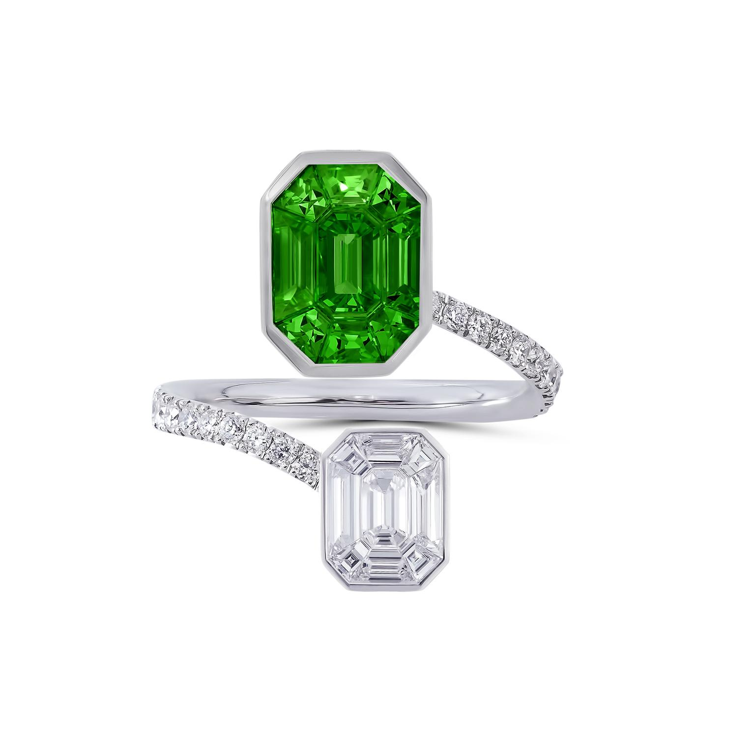 Stenzhorn Muse Pantone diamond and tsavorite ring