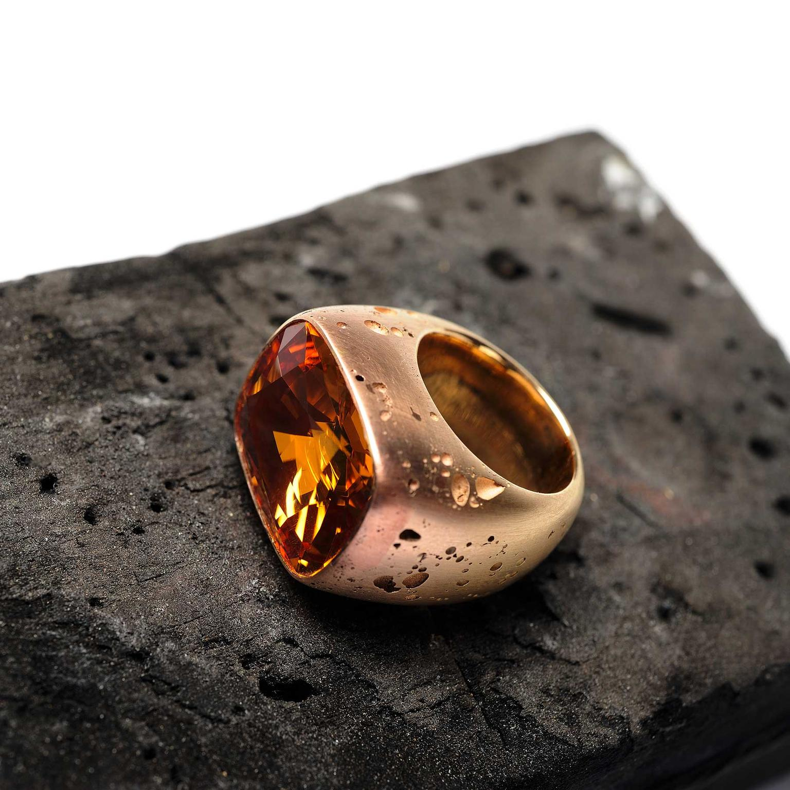 Hemmerle topaz ring in pink gold and copper