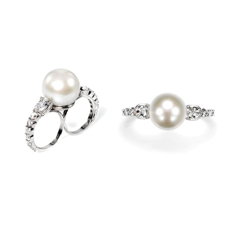 Ara Vartanian pearl and diamond double-finger ring