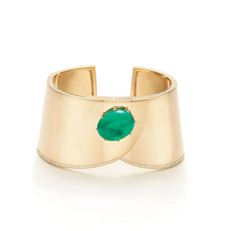 Fred Leighton Cabochon emerald and gold cuff