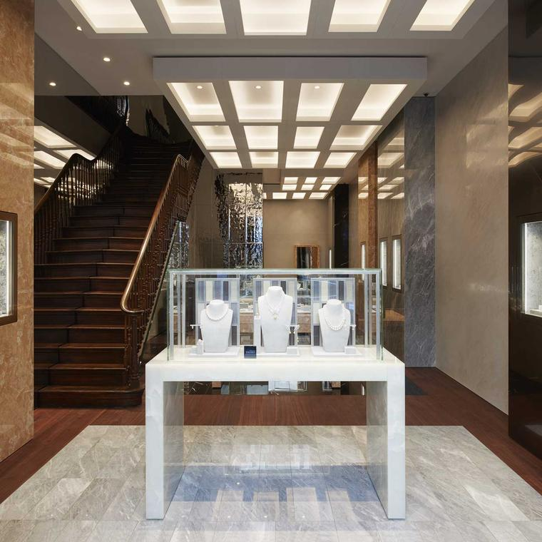 Tasaki 170 New Bond Street London interior