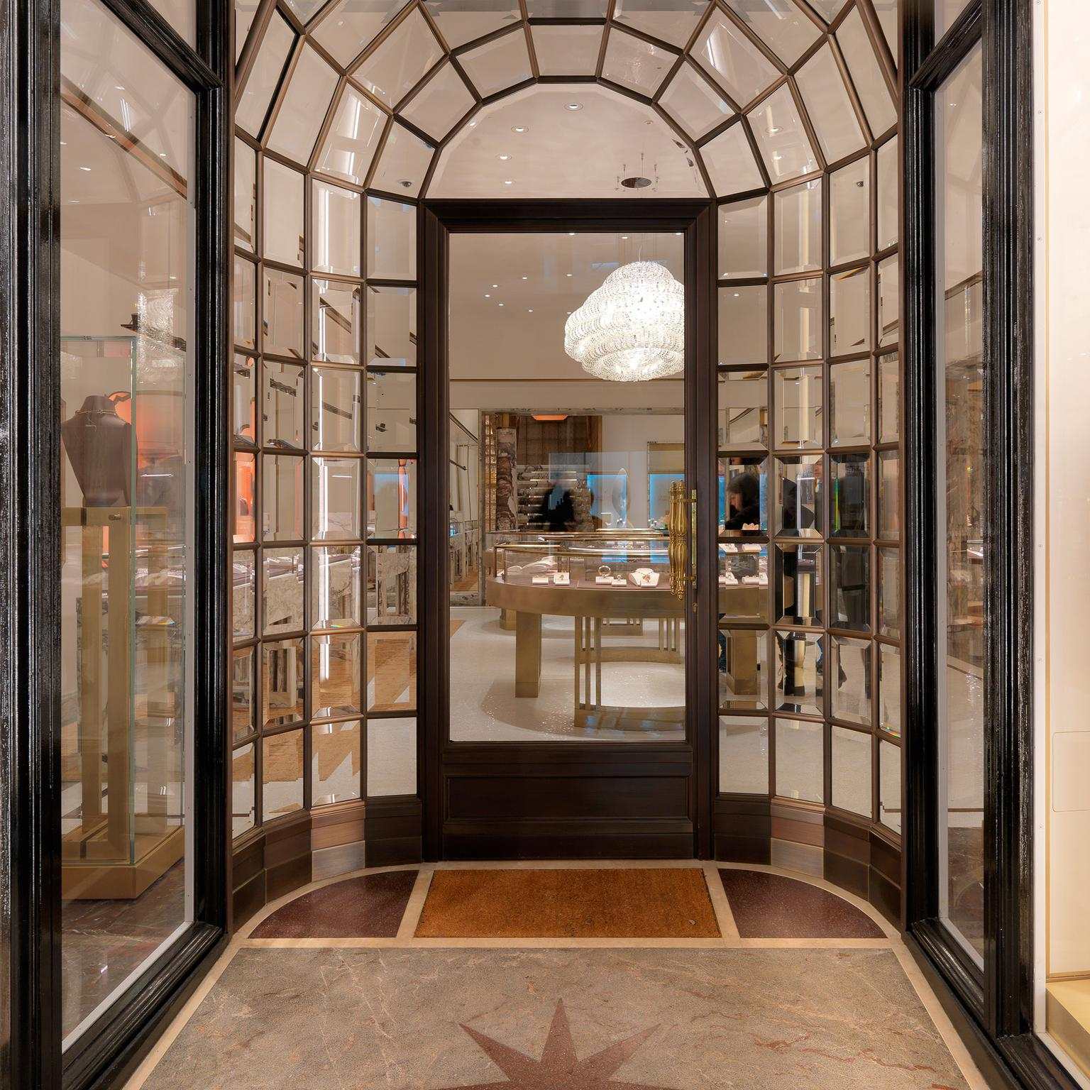 Bulgari London boutique entrance