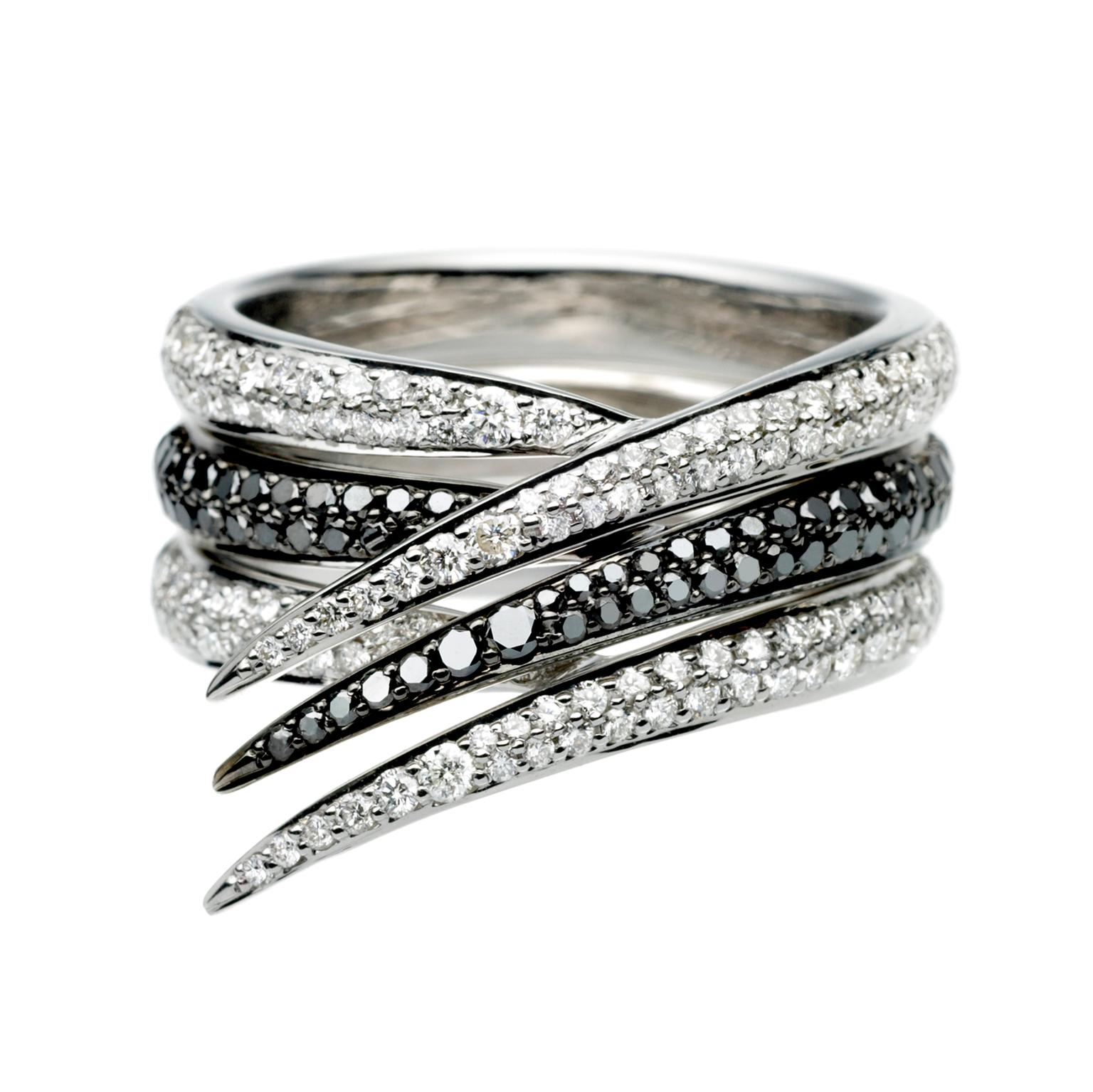 Shaun Leane Interlocking rings