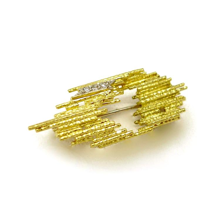 Andrew Grima textured gold and diamond pin brooch