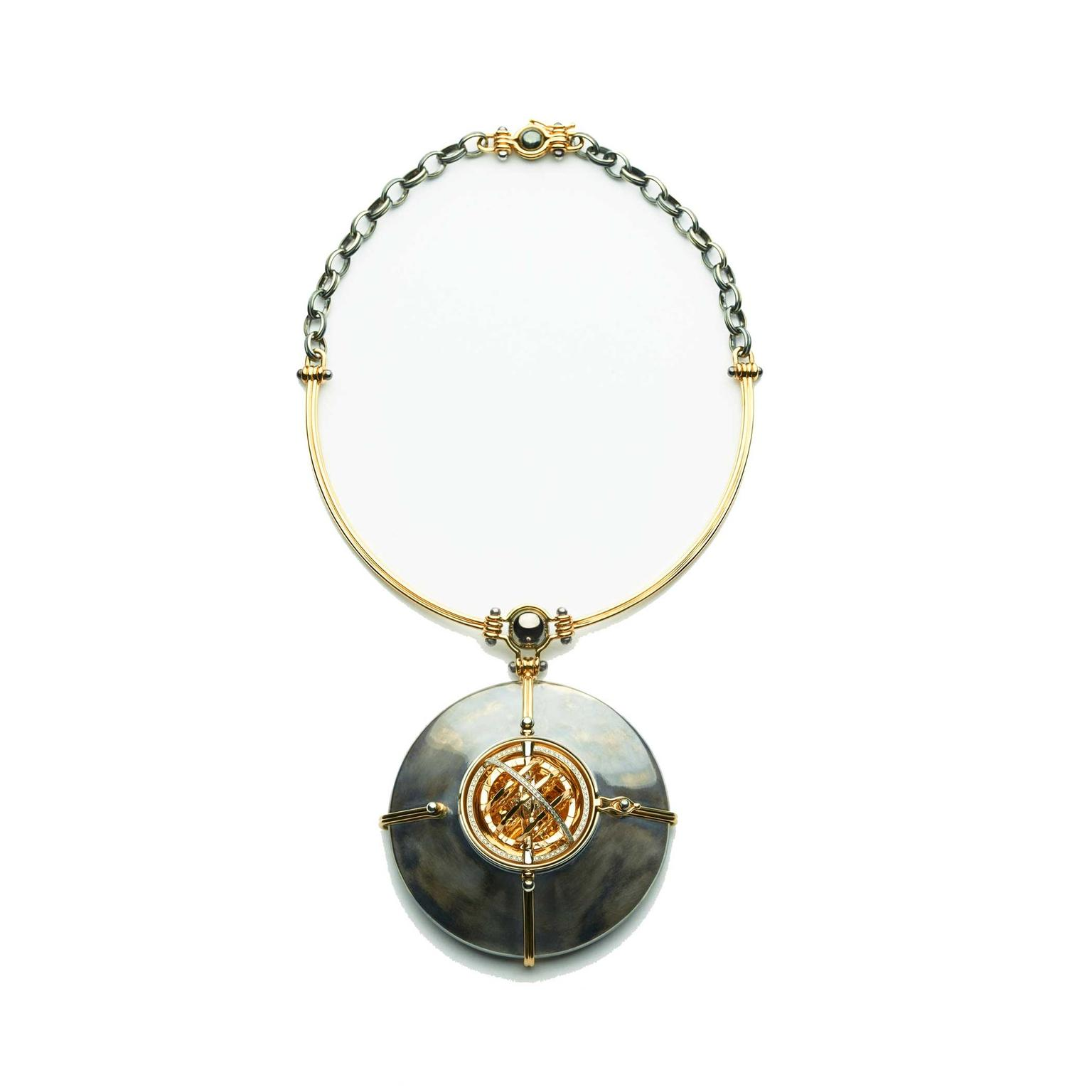 Elie Top Scaphandre pendant necklace