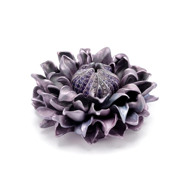 Hemmerle Clematis brooch in aluminium with sapphires and diamonds