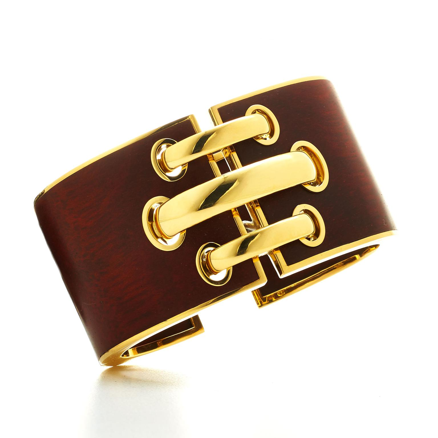David Webb bloodwood gold Shoelace cuff