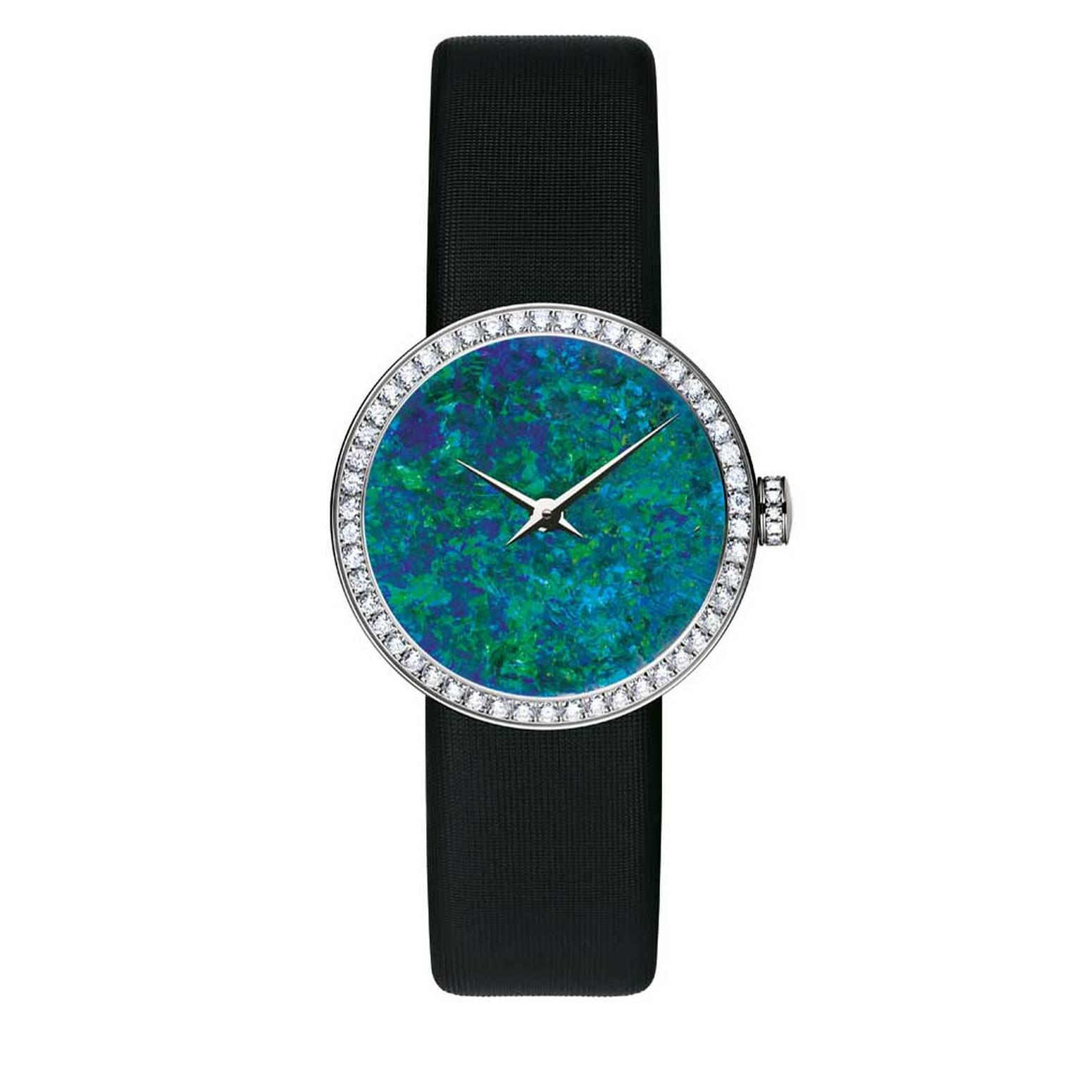 La-Mini-D-de-Dior-with-opal-dial-and-diamonds-in-white-gold