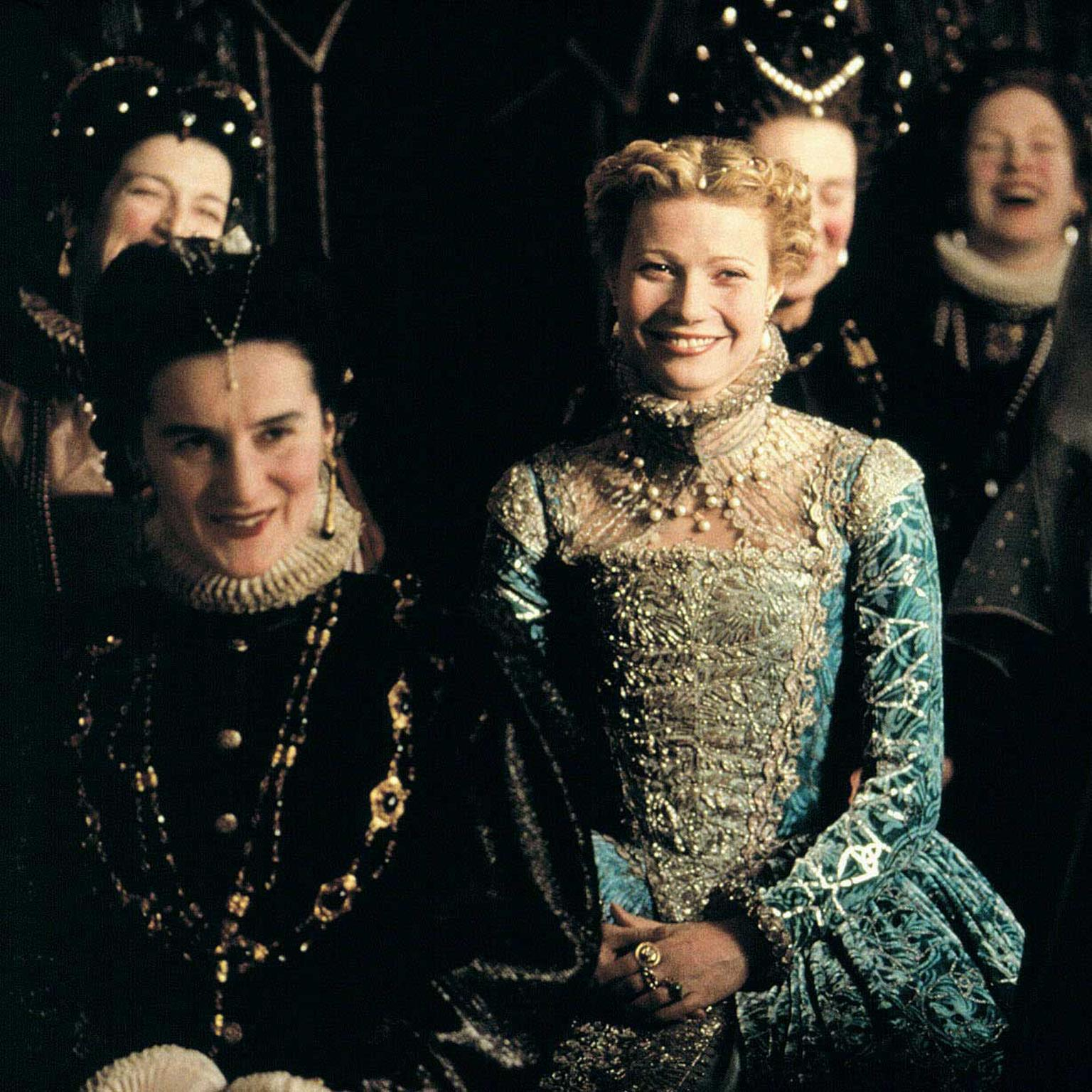Gwyneth Paltrow models the jewels of the Era in the film Shakespeare in Love