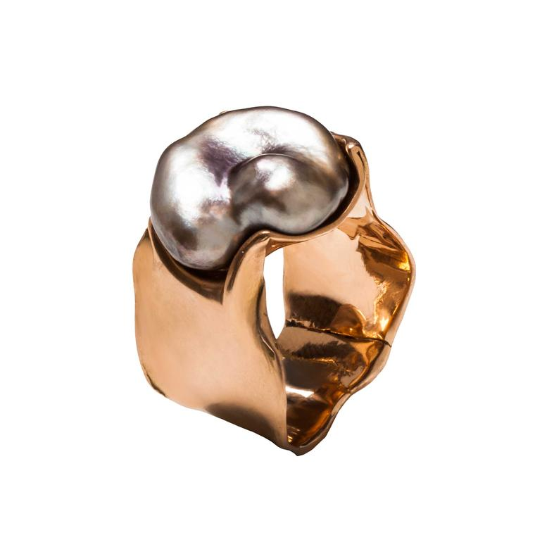 Lucifer Vir Honestus pearl ring