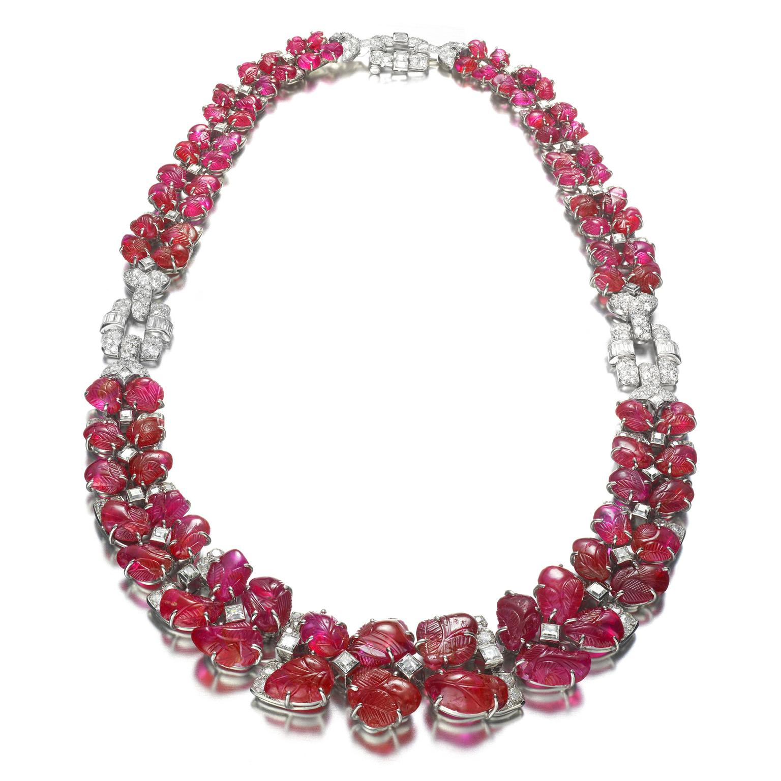 Van Cleef & Arpels Art Deco necklace with carved rubies and diamonds from 1929