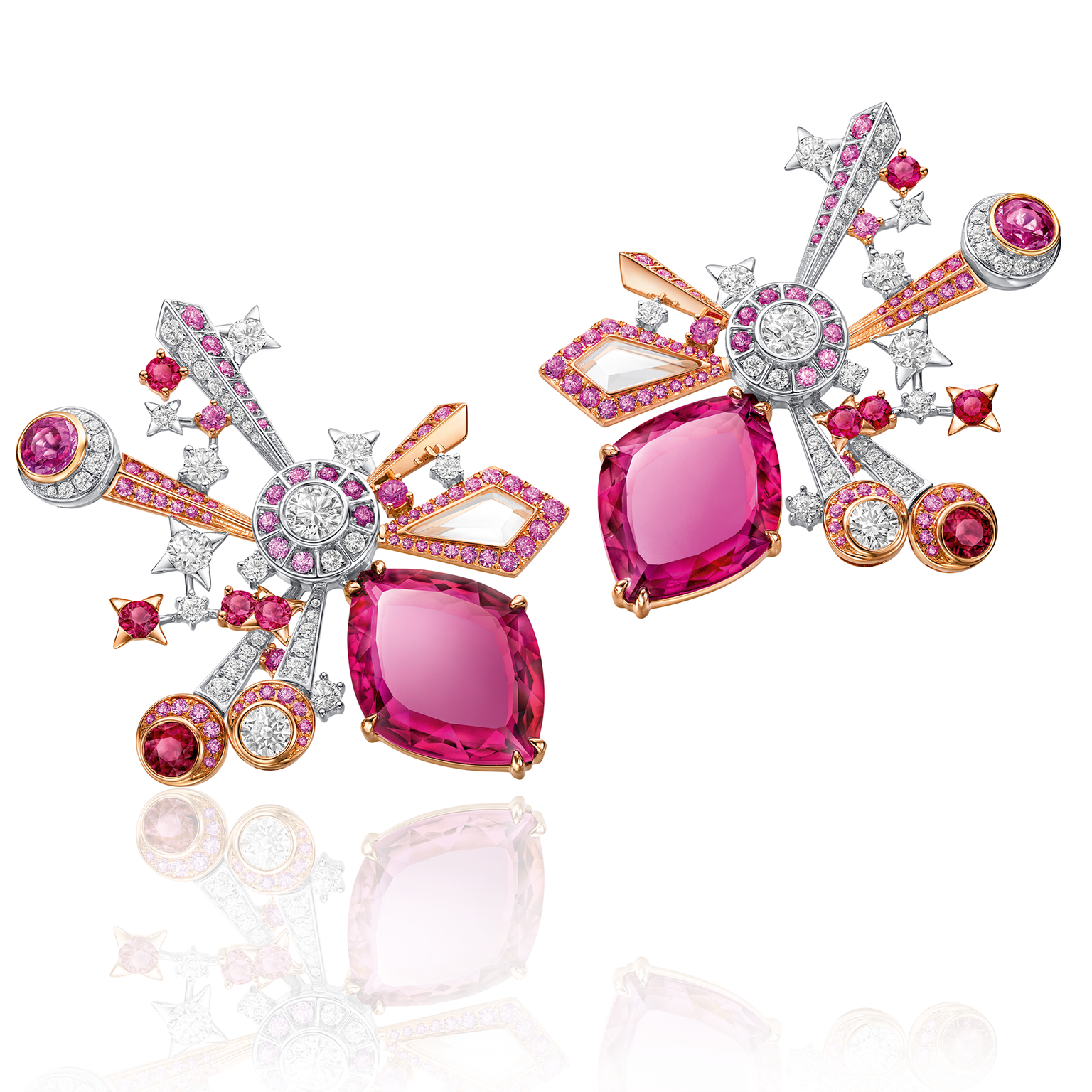 Chow Tai Fook L'Acoustique du Coeur earrings