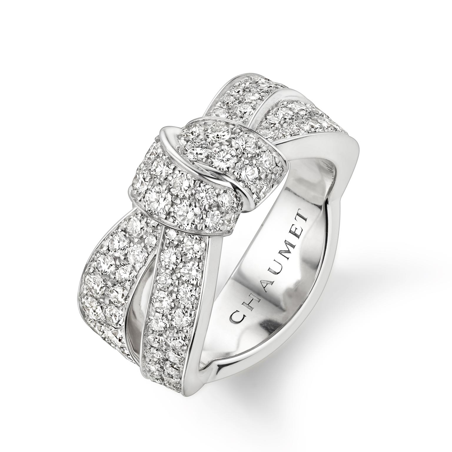 Chaumet Séduction white gold ring with diamonds