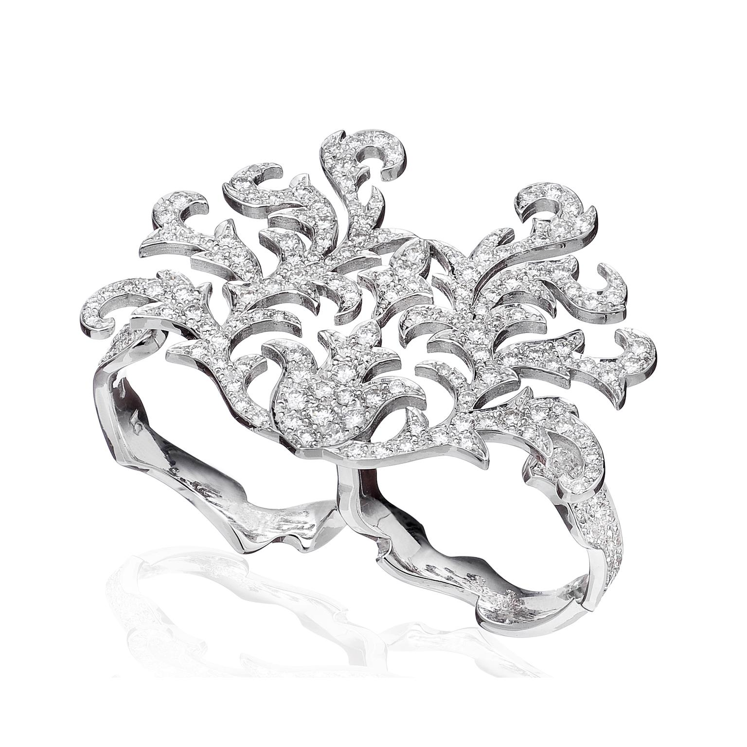 Lily Gabriella Czarina double-finger diamond ring