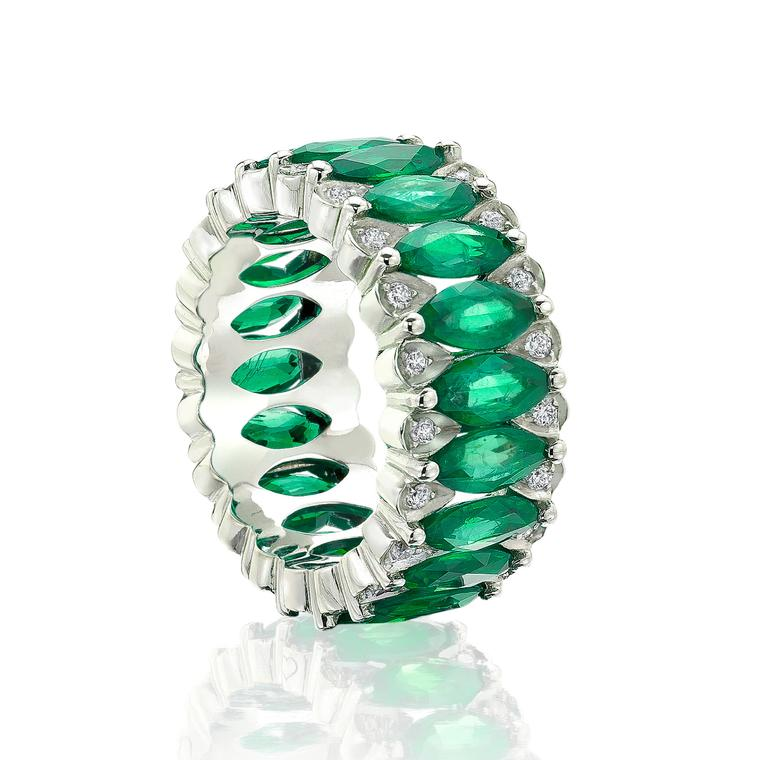 Amore emerald eternity band in white gold