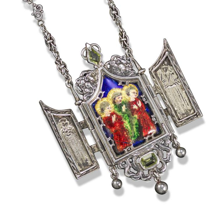 Lot 161 Ramsden and Carr tabernacle pendant Woolley and Wallis auction £1000 - 1500