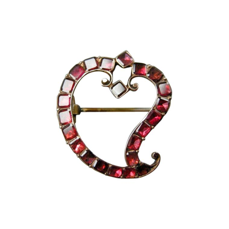 Simon Millad witches heart gold garnet brooch