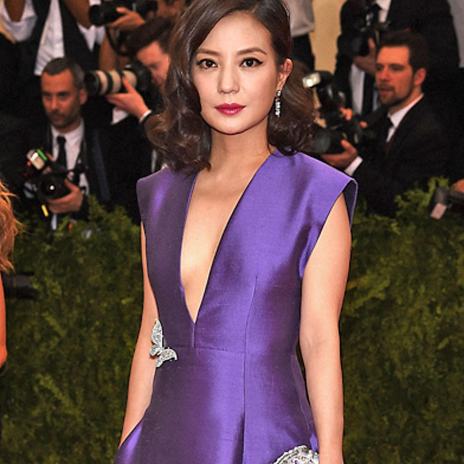 Zhao Wei wearing Tiffany brooch