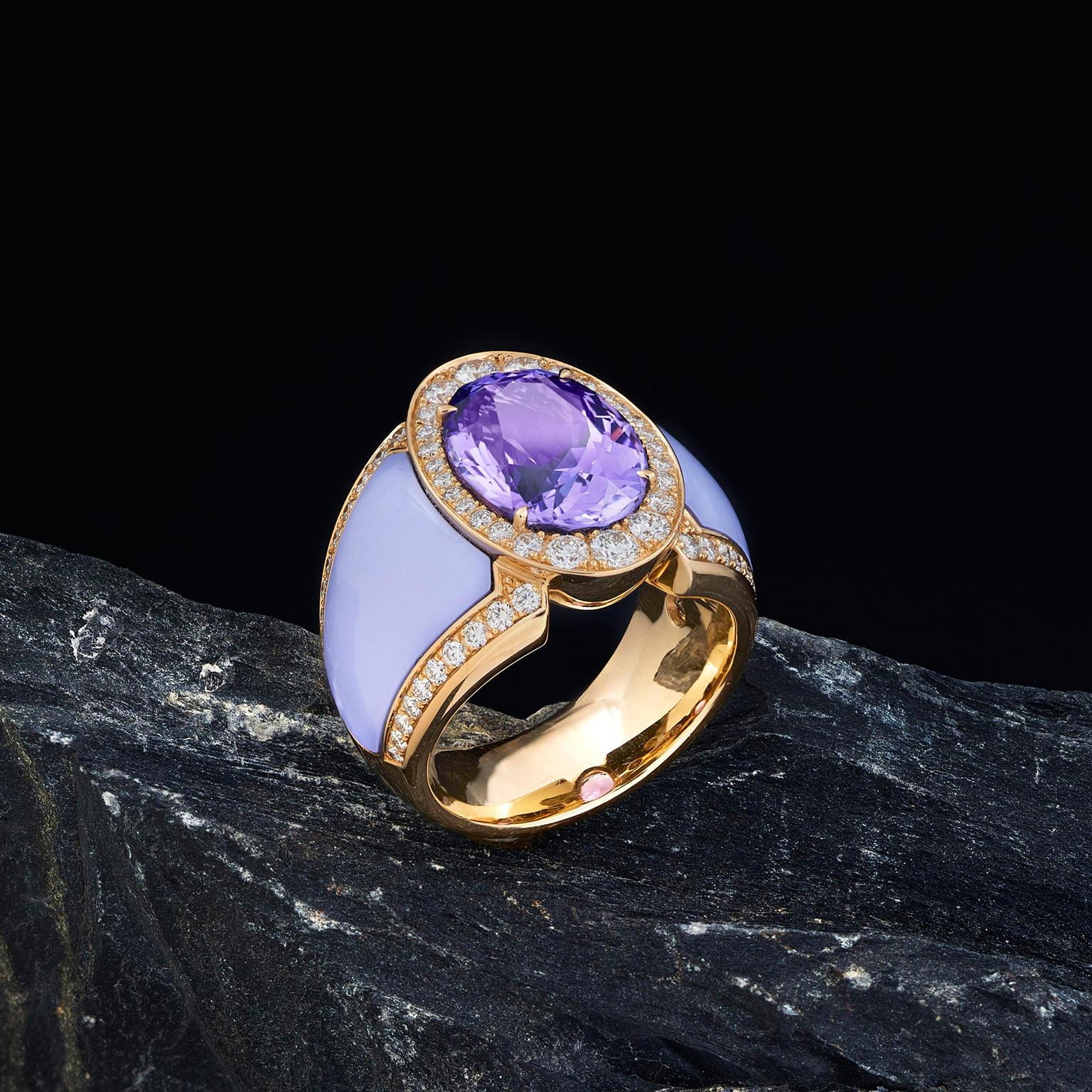 Doris Hangartner tanzanite and ceramic ring
