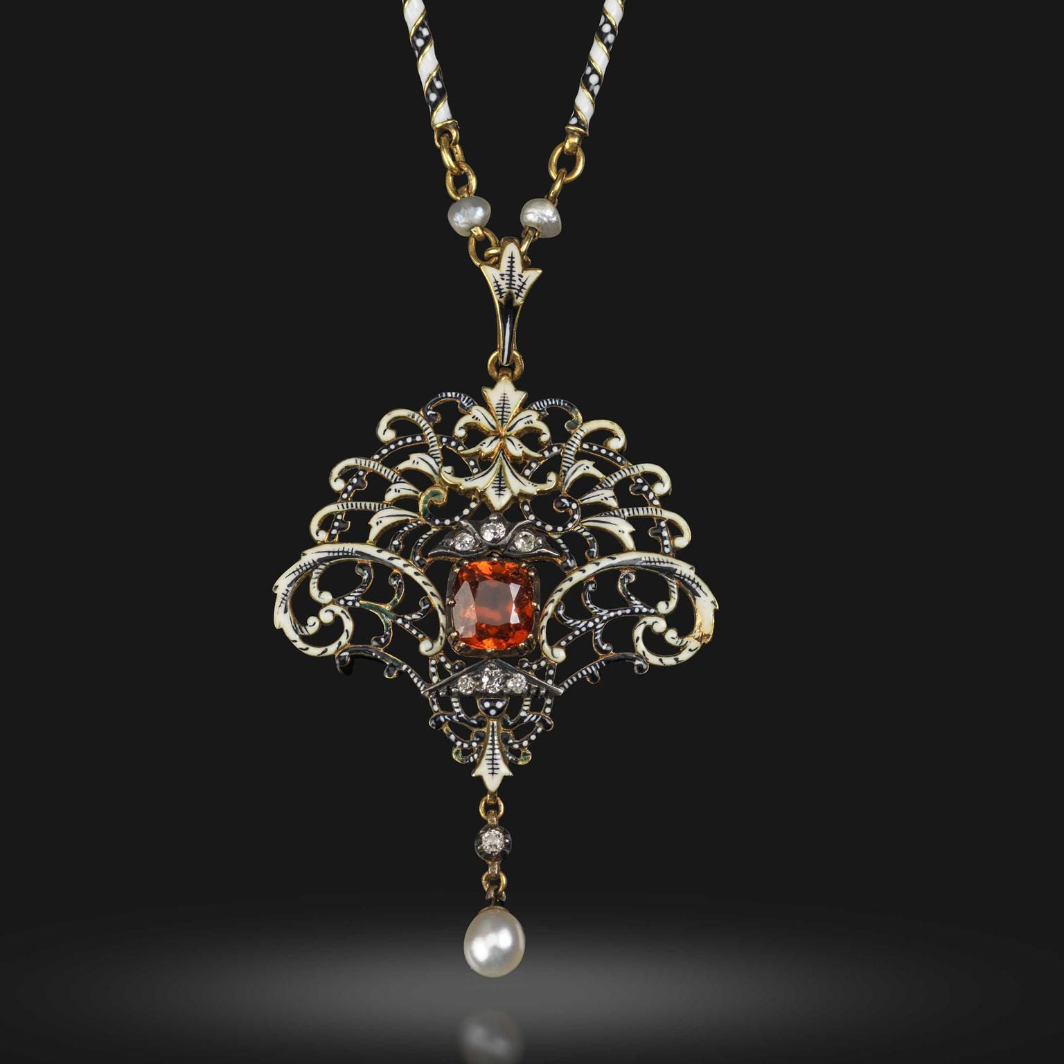 Lot 292 Giuliano 1896 garnet pendant Woolley and Wallis auction £5000 - £10000