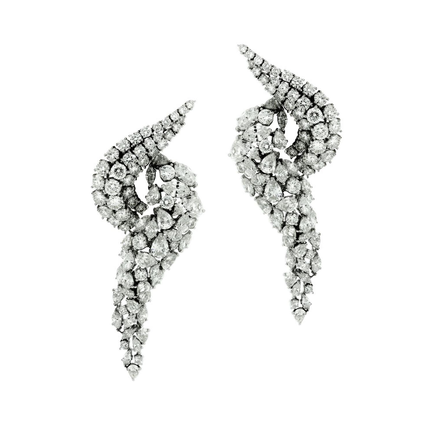 SARA Joias diamond earrings